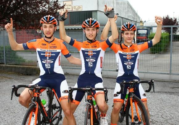 Da sx, Piccolo, Francesco Galimberti e il suo fratello gemello Lorenzo Galimberti, podio 73^ Coppa Melli (Berry)