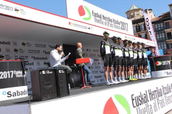Presentazione squadre (Foto JC Faucher)