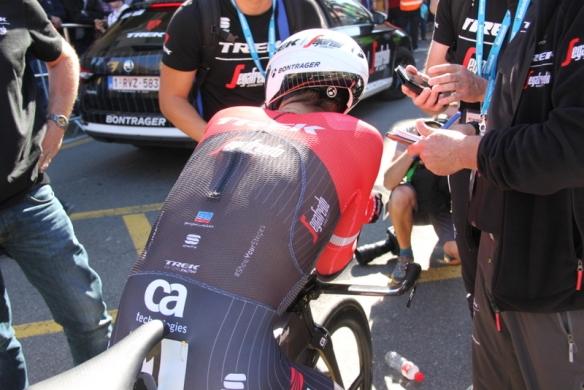 Alberto Contador di spalle (J.C. Faucher)