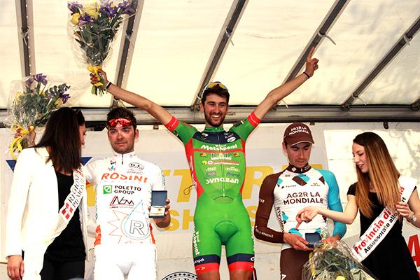 Luca Raggio raggiante sul podio (Foto Kia)