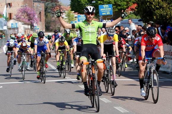 La vittoria di Matteo Consolini (Photobicicailotto)