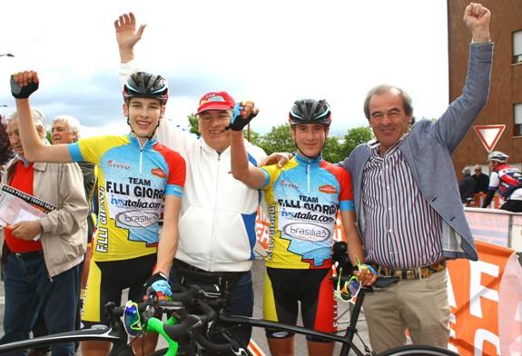 Martinelli e Plebani con Carlo Giorgi (Foto Berry)