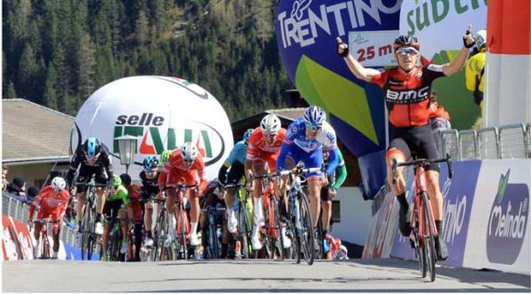 Rohan Dennis vince tappa Trentino