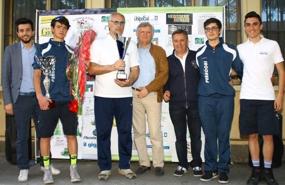 Premiazione DS del vincitore (Foto Berry)