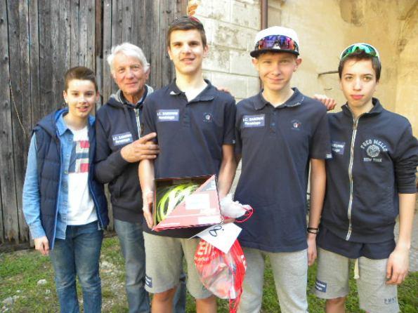 Da sx, un Tifoso, il DS Sandro Cogliati, Alessandro Riccardi, Marco Ceriani e Marco Scarpa (Foto Nastasi)