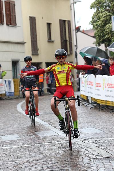 Edoardo Alleva vince a Costamasnaga (Foto Kia)