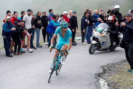 Michele Scarponi of Astana Pro Team e moto rai on the way of the 18th stage of Giro d'Italia 2016 from Pinerolo to Risoul, 27 May 2016. ANSA/CLAUDIO PERI