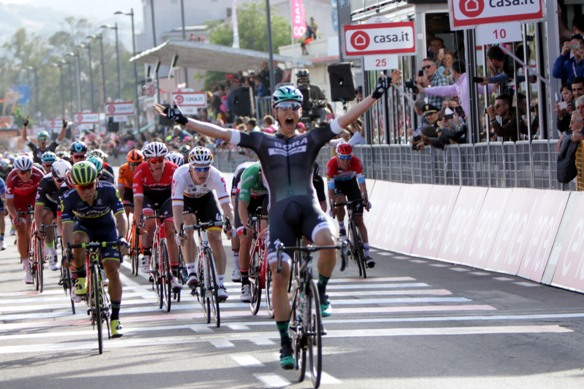 Lukas Postlberger vince ad Olbia (photobicicailotto)
