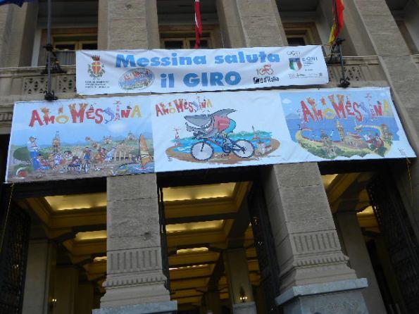 10.05.17 - Messina - striscione saluta il Giro (Nastasi)