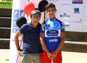 Presidente FCI Bonacina col neo campione provinciale di Lecco Matteo Giubilo (Foto di Berry)