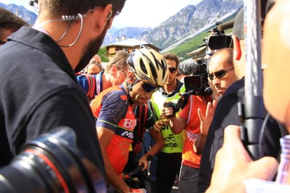 Nibali dopo l'arrivo a Bormio (Foto JC Faucher)