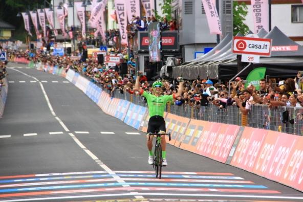 Pierre Rollanda vince la 17^ tappa a Canazei (Foto Jean Claude Faucher)