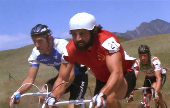 American Flyers, un'immagine del film con Kevin Costner