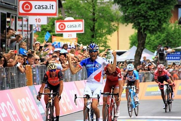 Thibaut Pinot vince ad ASIAGO (JC Faucher)