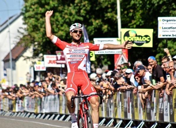 27.05.2017 - Mattia Frapporti vince tappa al Tour de Jura