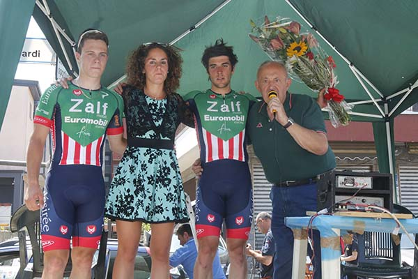 Calderaro e Marchetti con la miss (Foto Pisoni)