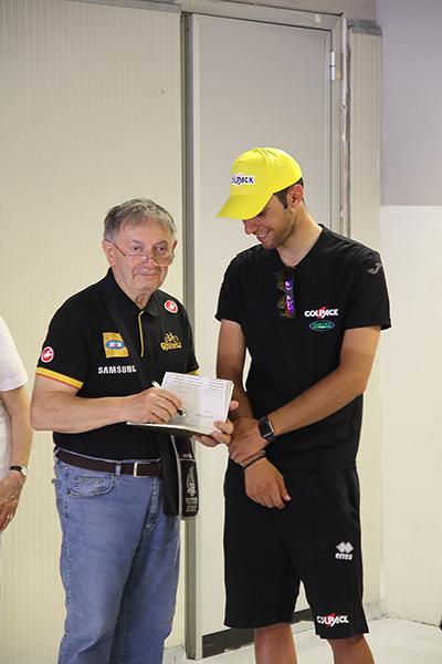 Il vincitore Nicolas Dalla Valle intervistato da Vito Bernardi (Foto Kia)