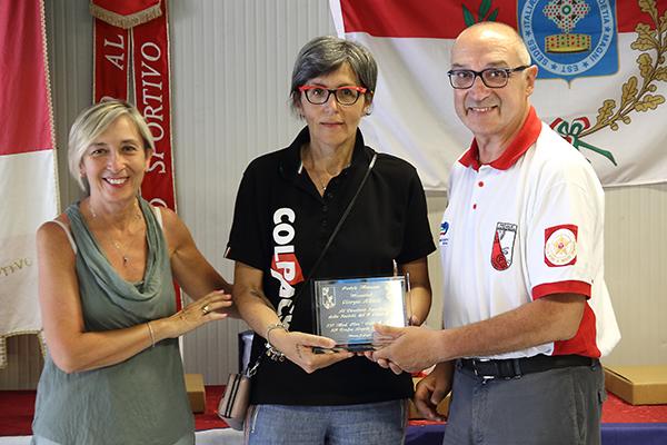 Premiazione DS squadra vincitrice gara (Foto Kia)
