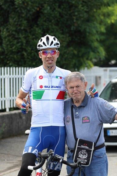 Omar Saronni, qui con Vito Bernardi, presente alla gara (Foto Kia)