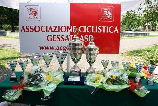 I Premi della gara di Gessate (Foto Berry)