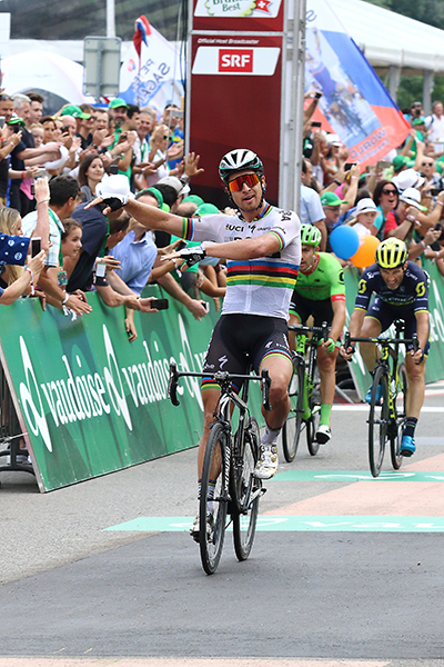 Peter Sagan vince a Cevio (Foto Kia)