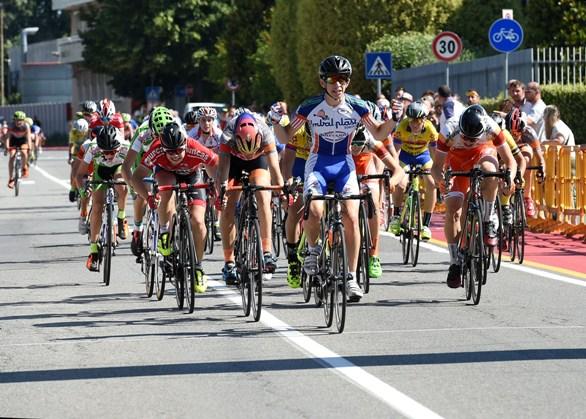 Matteo Bertesago vince a Carugate (Berry)