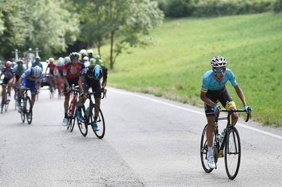 Fabio Aru secondo e decisivo scatto verso il Tricolore (Foto La Presse)