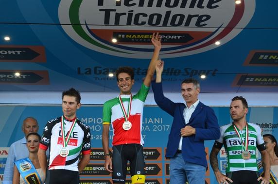 Fabio Aru con Assessore Sport Regione Piemonte (Foto Mule)