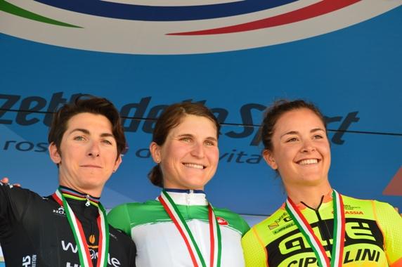Bronzini Giorgia, Longo Borghini Elisa ed Asia Paladin, podio Tricolore Donne Elite (Foto Mule)