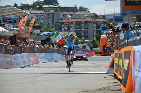Longo Borghini vince a Ivrea (Foto Mule)