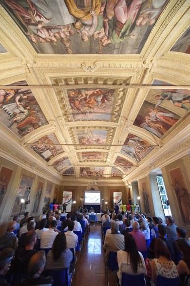 La splendida sala della presentazione (Foto Rodella)