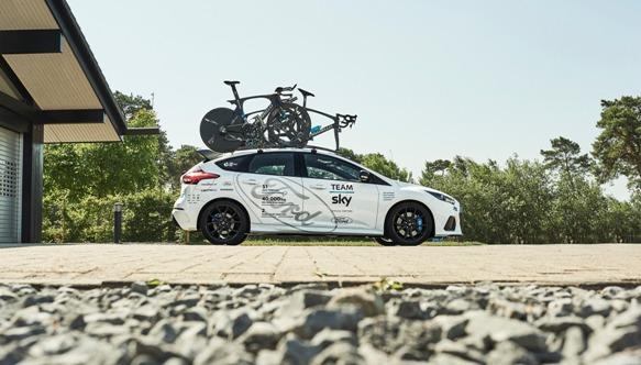 Ford_2017_FOCUS_RS_TeamSky_02 (1)