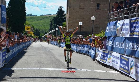 Riccardo Moro vince a Montemagno d'Asti (Foto di Gio.More)