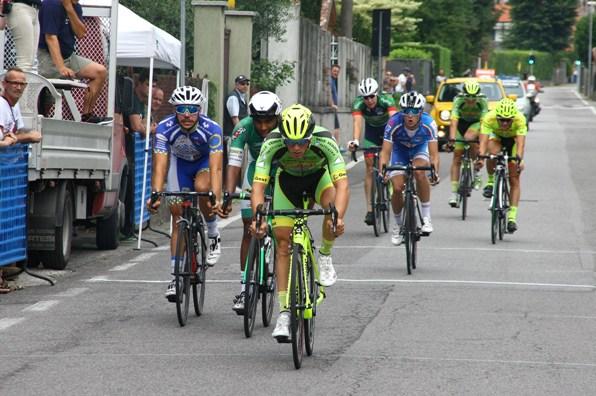 Lonardi vince volata per 3^ posto (Foto Berry)