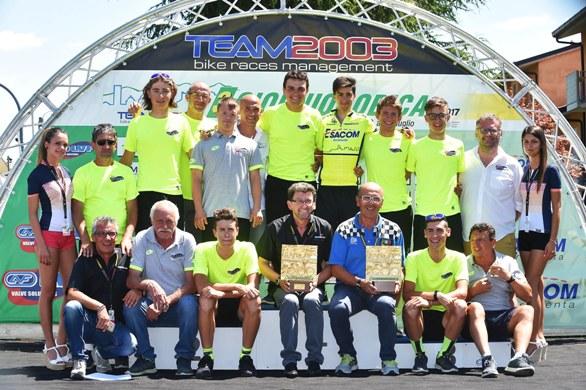 Rubino e Team LVF (Foto Rodella)