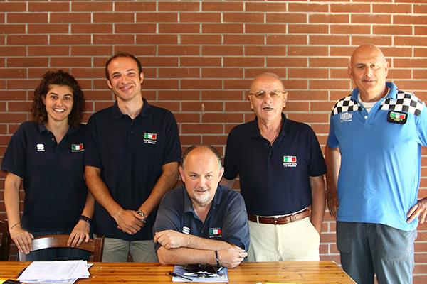 Da sx, Giulia Fassina,  Pillon, Botta e Moscato, Giuria FCI con Marco Rocca vicedirettore di corsa (Foto Kia)