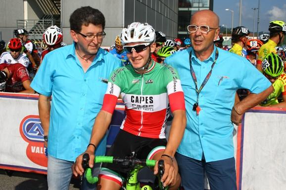 Giovanni Vito con gli organizzatori Patrizio Lussana e Antonio Torri (Foto Berry)