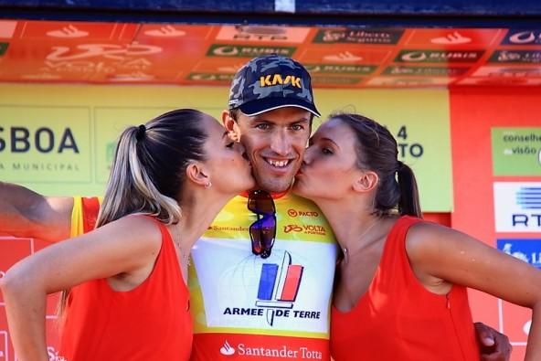 Gaudin Damian sul podio per il bacio (Jean Claude Faucher)