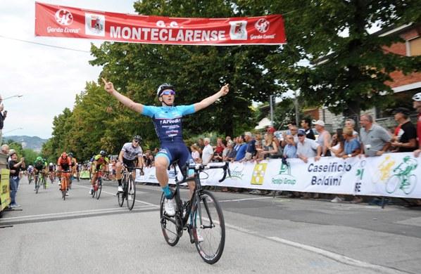 Davide Ferrari vince a Castenedolo (Foto Rodella)