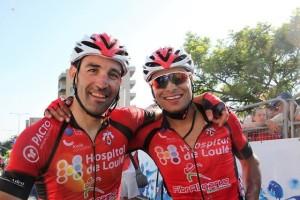 Due corridori del Team Hospital de Loule - (Foto di Jean Claude Faucher)