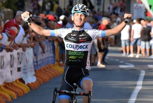 Andrea Garosio vince a Gambassi Terme (Foto Rodella)