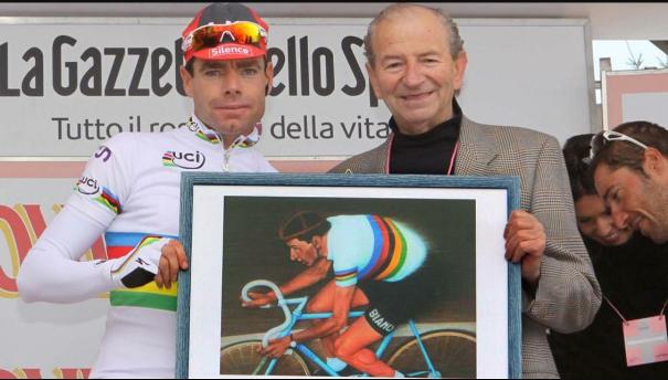 Il Maestro Teresio Ferrari e il Campione Cadel Evans al Giro del 2010