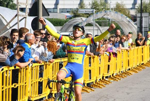 Gabriele Casalini vince a Carugate (Foto di Berry)