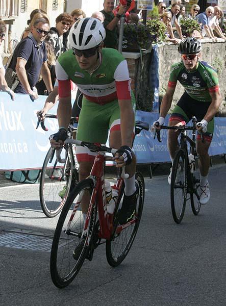 Il Tricolore U23, Matteo Moschetti in azione nella fuga ad 8 (Foto Pisoni)