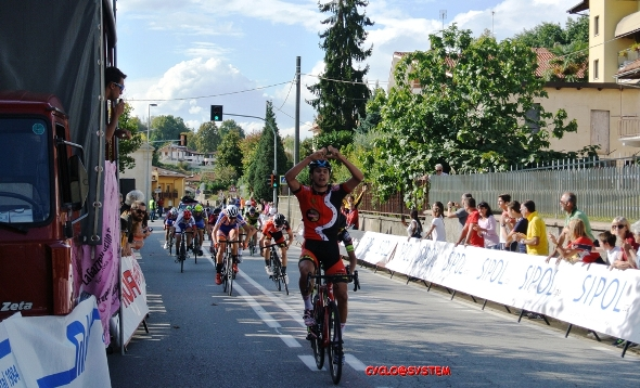 Federico Arioli vince a Sommariva Perno (Cyclo@system)