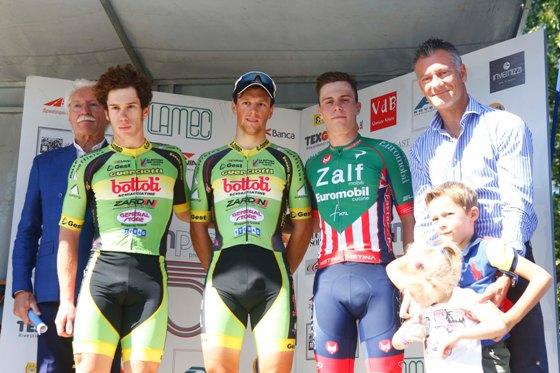 Da sx, Mario Galbusera, Dainese, Lonardi e Marchetti e Sergio Galbusera (Foto Pisoni)