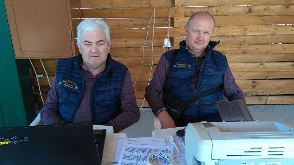 Segreteria Tecnica con Gianfranco Moretti a sinistra e Carlo Rizzolo a destra (Foto Pisoni)