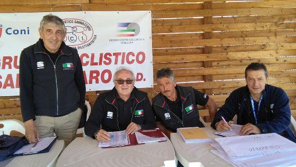 Salvoldi, Arsuffi, Frutti e Pianelli, Giuria FCI a Sannazzaro (Foto Pisoni)