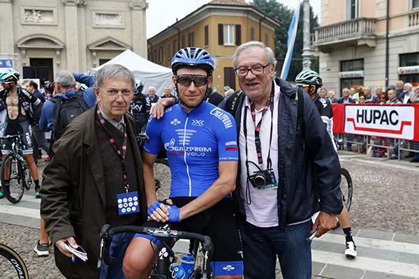 Da destra, Aldo Trovati, autore di questo articolo, con l'azzurro Stefano Oldani (Foto Trovati)