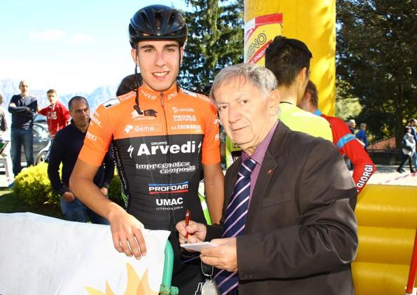 Bernardi intervista Rastelli al Ghisallo (Foto Berry)